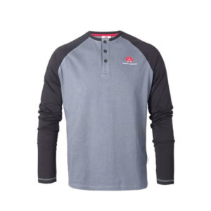 Long-sleeved raglan shirt